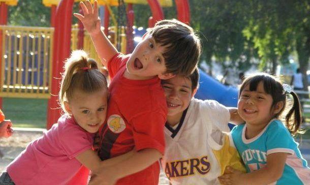 Ponasanje dece van kuce - savet roditeljima